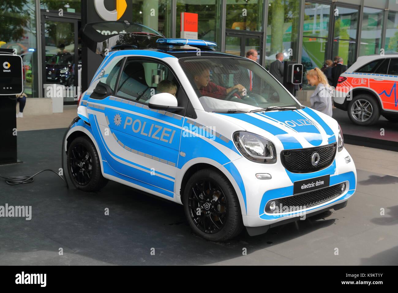 smart car police stockfotos smart car police bilder alamy. Black Bedroom Furniture Sets. Home Design Ideas