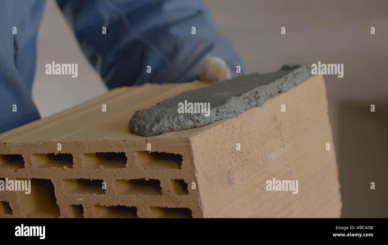 brick trowel stockfotos brick trowel bilder alamy. Black Bedroom Furniture Sets. Home Design Ideas