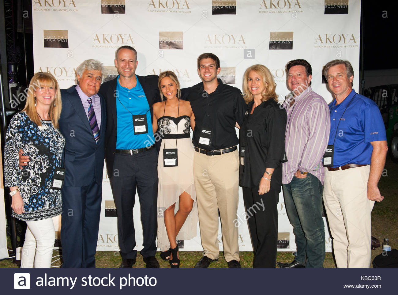 Jay Leno mit dem Sponsor AKOYA Familie und Freunde. Jay Leno, zusammen mit der Atlantic City Boys durchführen Stockbild