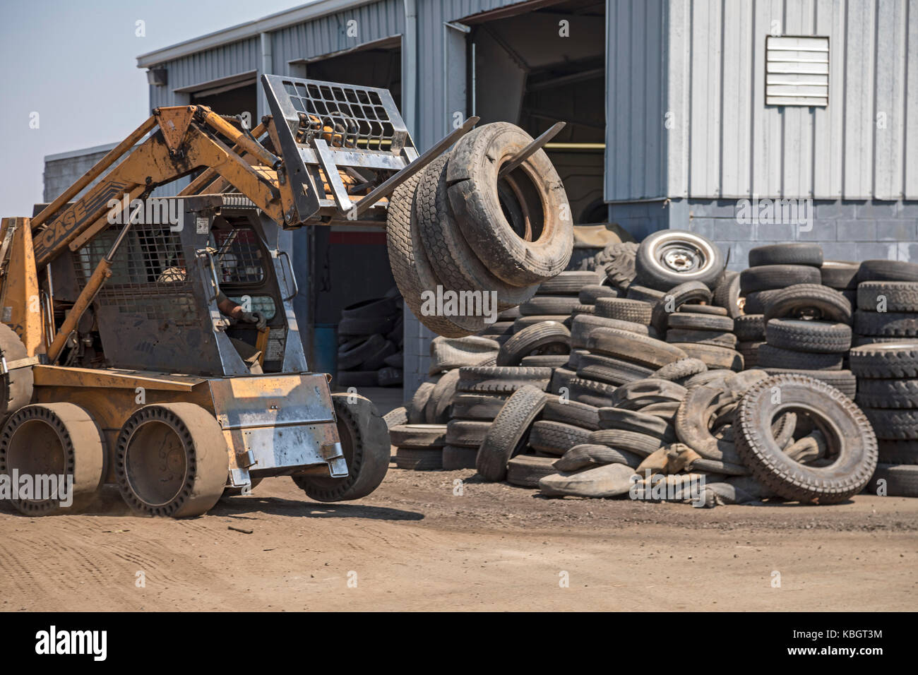 Denver, Colorado - Altreifen in Colorado Reifen Recycling. Stockbild