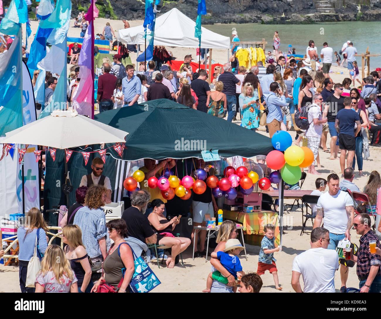 Die jährliche Essen und Trinken Festival auf Porthminster Beach in St. Ives, Cornwall, England, Großbritannien, Stockbild