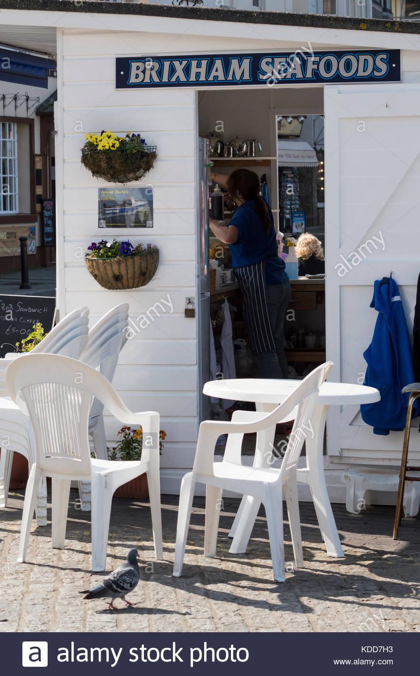 Brixham seafoods Abwürgen/Hütte, Hafen von Brixham, Devon, England Stockbild