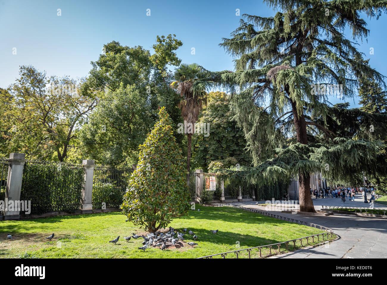 sabatini garden stockfotos sabatini garden bilder alamy. Black Bedroom Furniture Sets. Home Design Ideas