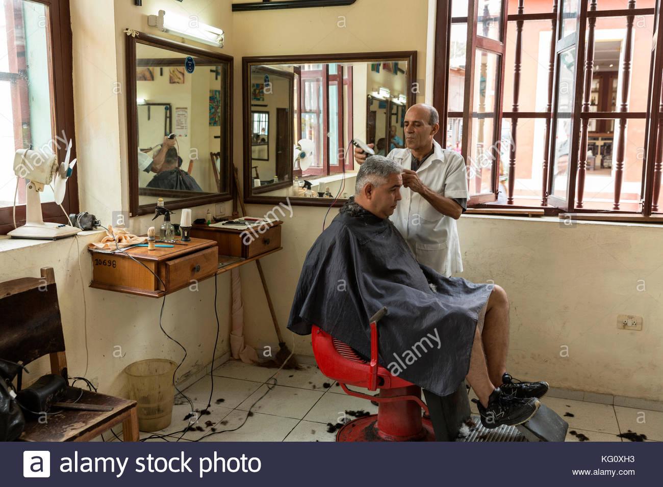 Friseurladen in Baracoa, Kuba engl.: Cuba, baracoa, Barbershop Stockbild