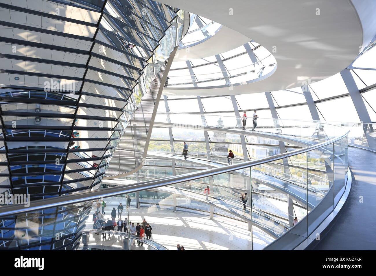 Die Kuppel von Norman Foster, Reichstag, Berlin, Deutschland, Europa Stockbild