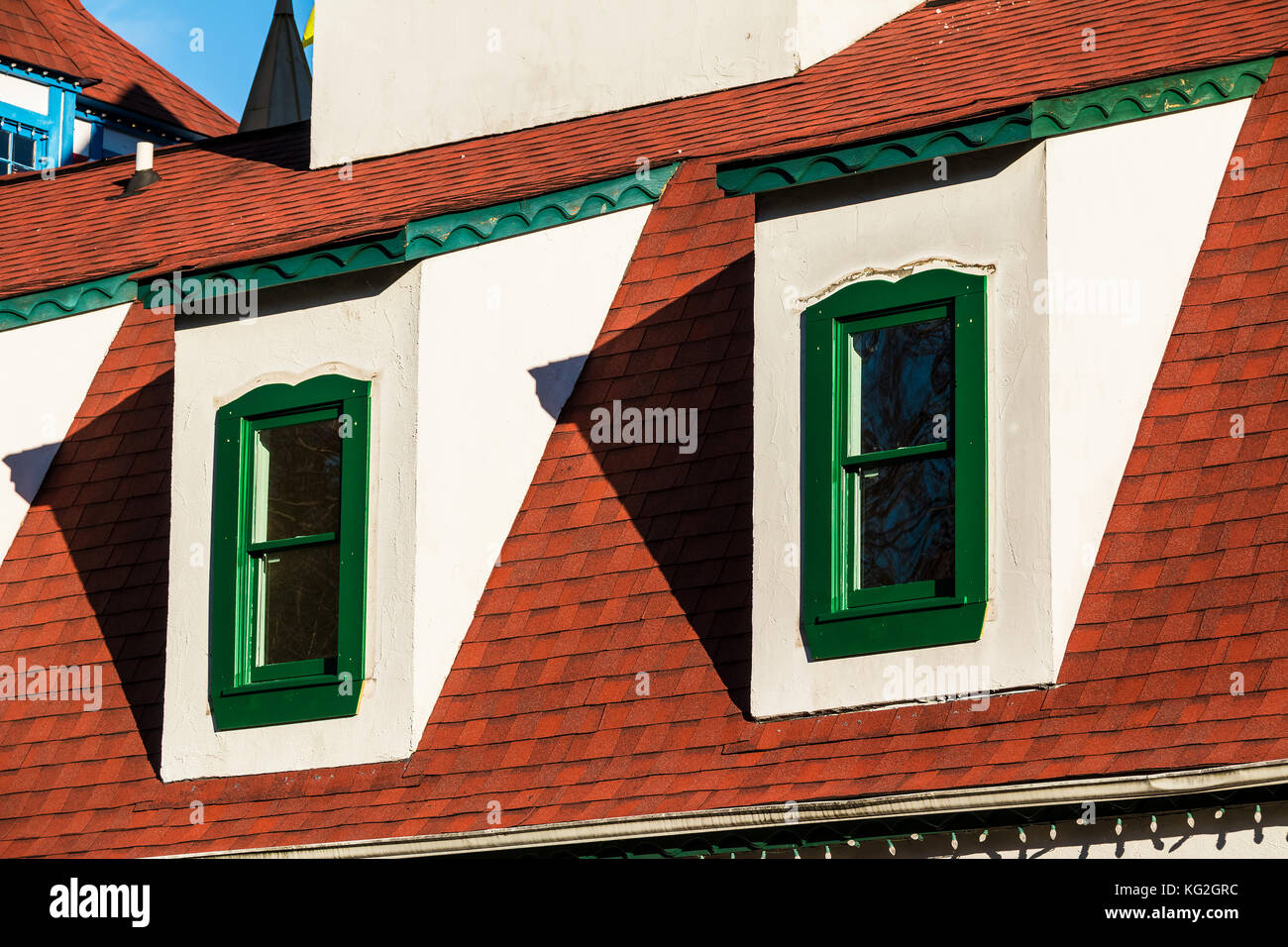 antique roof window attic stockfotos antique roof window attic bilder alamy. Black Bedroom Furniture Sets. Home Design Ideas