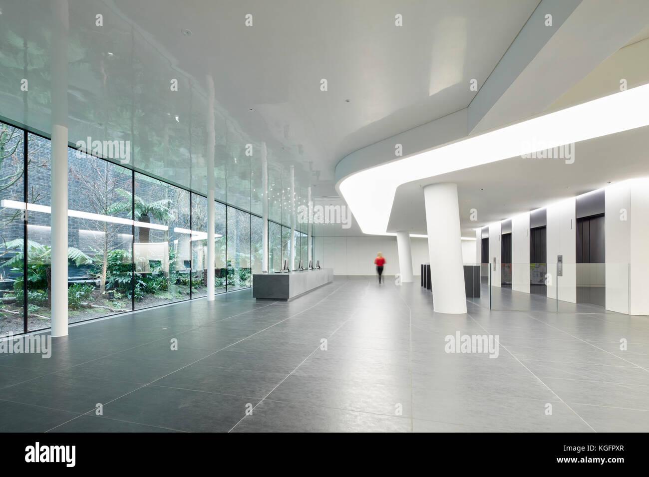 Weite Einstellung auf Empfang. Engel, London, Großbritannien Architekt: Fletcher Priester Architekten llp, Stockbild