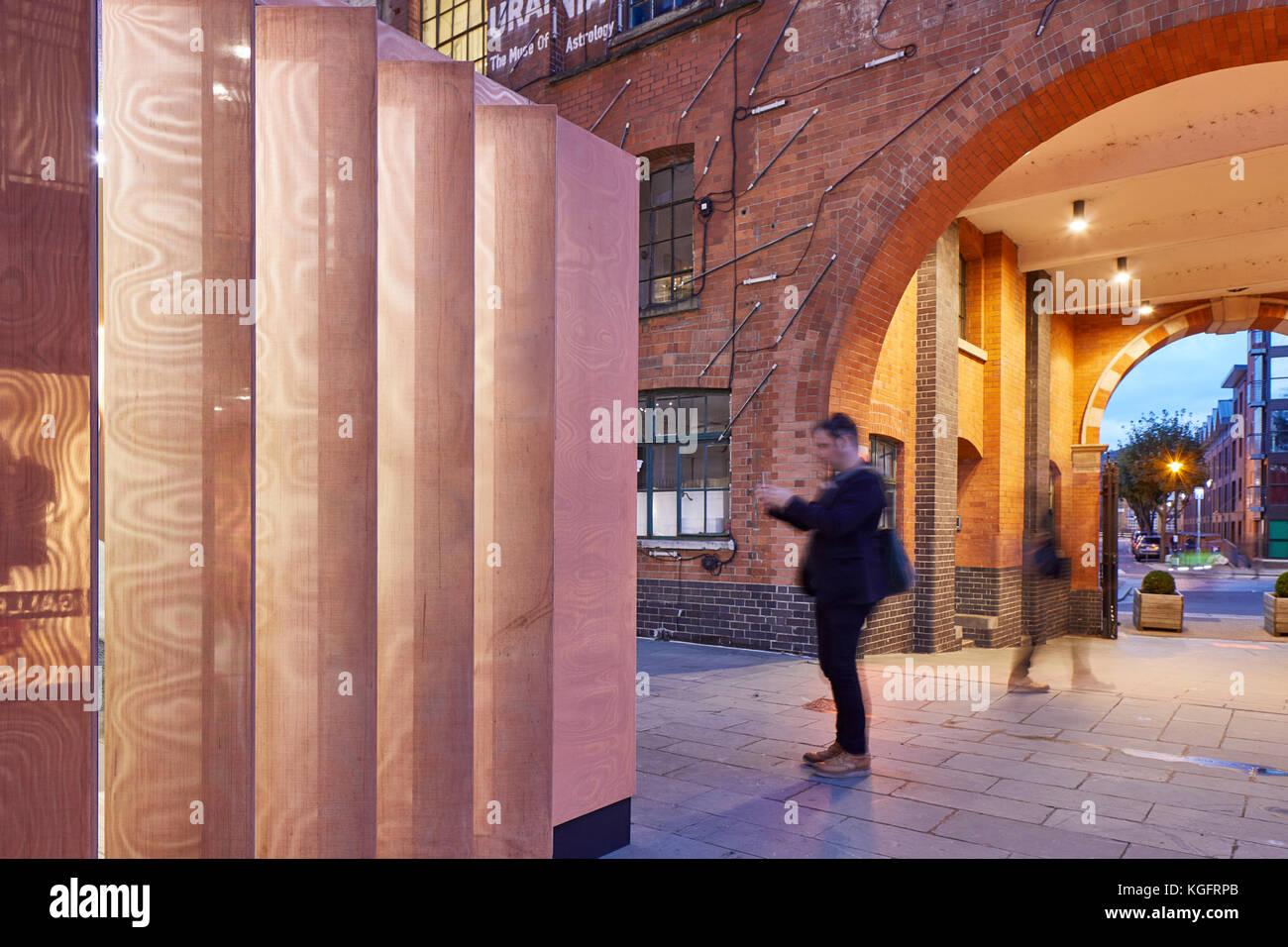 Metallische flossen im Kontext. Der Stack - mini Living urban Kabine, London, Großbritannien Architekt: sam Stockbild