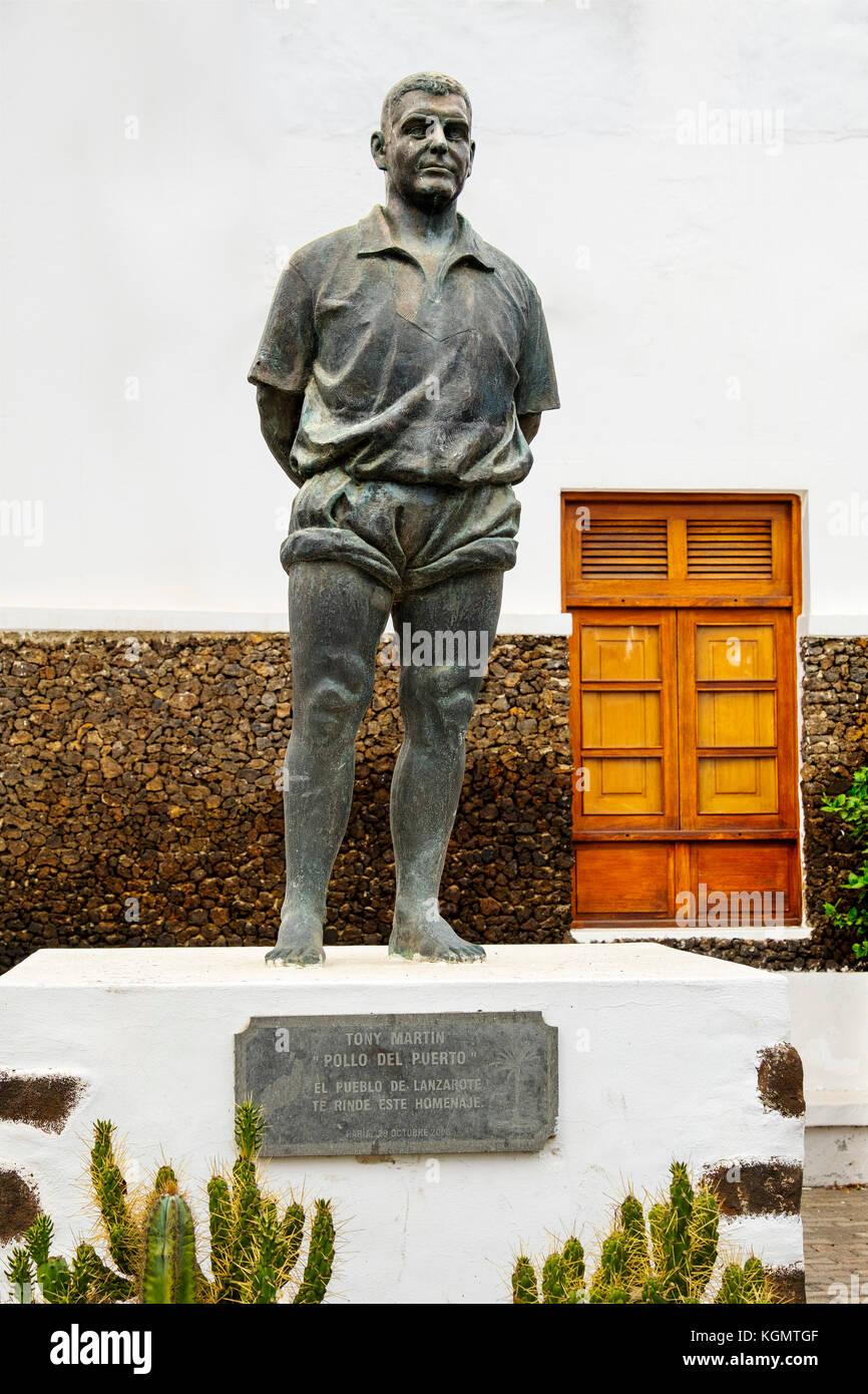 Denkmal der kanarische Ringkampf toni Martín, El Pollo del Puerto. haria Lanzarote Insel. Kanarische Inseln Stockbild