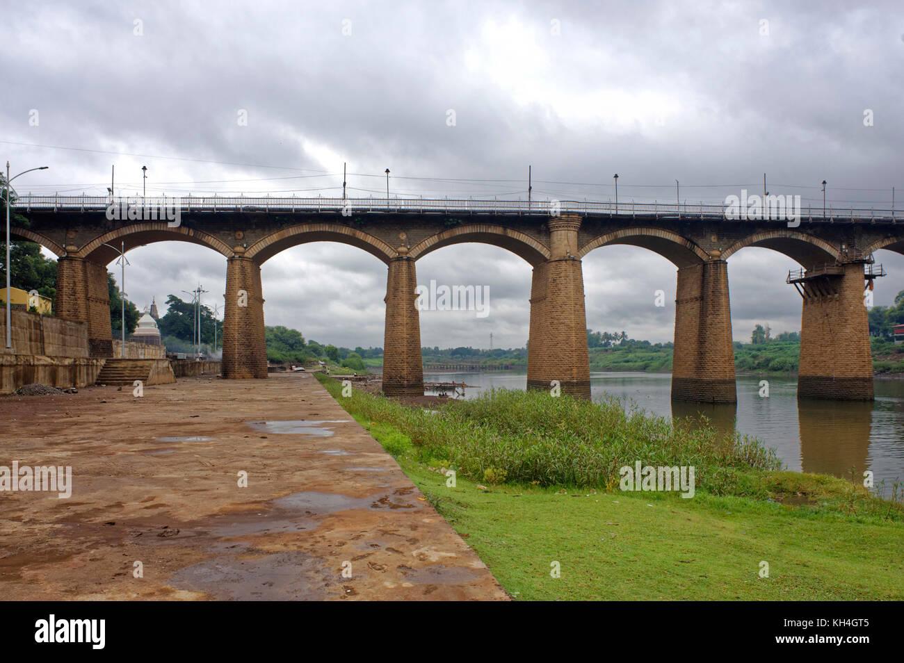 Irwin Brücke auf Krishna Fluss, Sangli, Maharashtra, Indien, Asien Stockbild