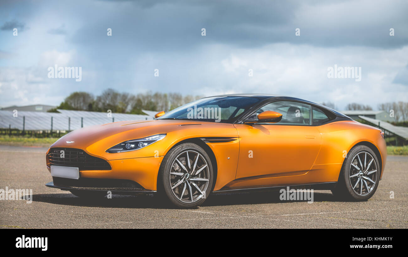Aston Martin DB 11. Stockbild