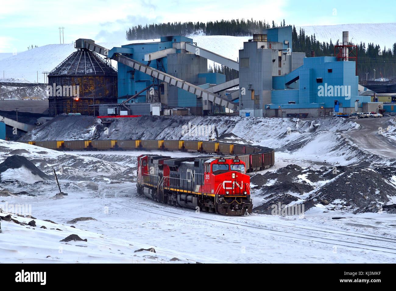 coal train mine stockfotos coal train mine bilder alamy. Black Bedroom Furniture Sets. Home Design Ideas