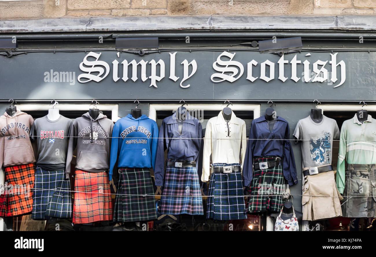 Kilt Shop auf der Royal Mile in Edinburgh, Schottland, Großbritannien Stockbild