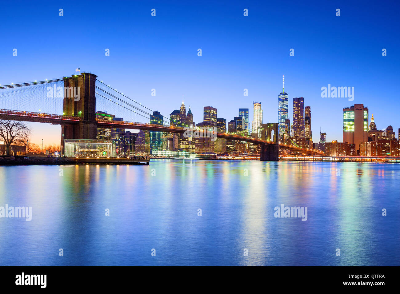 new york skyline new york city brooklyn bridge one wtc world trade center stockfoto bild. Black Bedroom Furniture Sets. Home Design Ideas