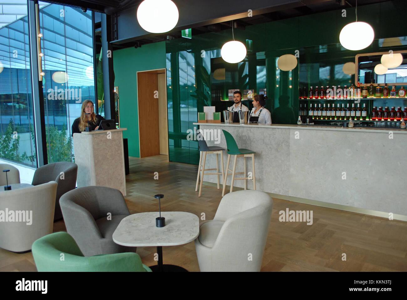 Innenraum der a-Watt Restaurant, einer von Lissabons neueste Fine Dining Einrichtungen in EDV-Gebäude in Cais Stockbild