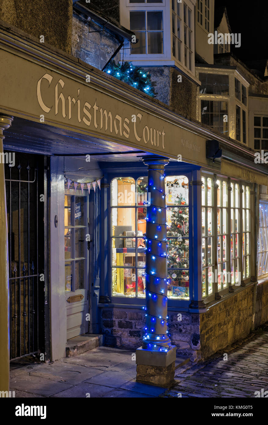 sweet shop weihnachten fenster anzeige in burford. Black Bedroom Furniture Sets. Home Design Ideas