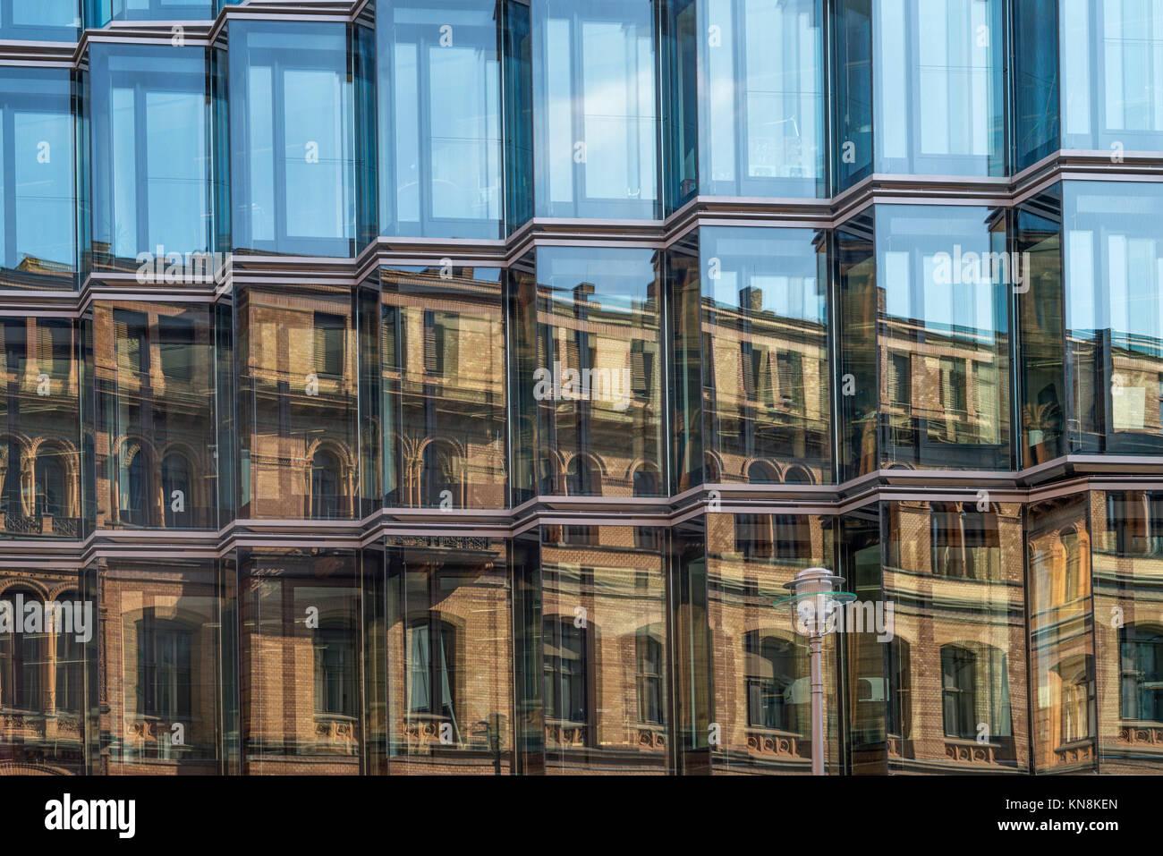 Moderne Architektur, Dorotheen Straße 97, Reflexion, Berlin Mitte, Deutschland Stockbild