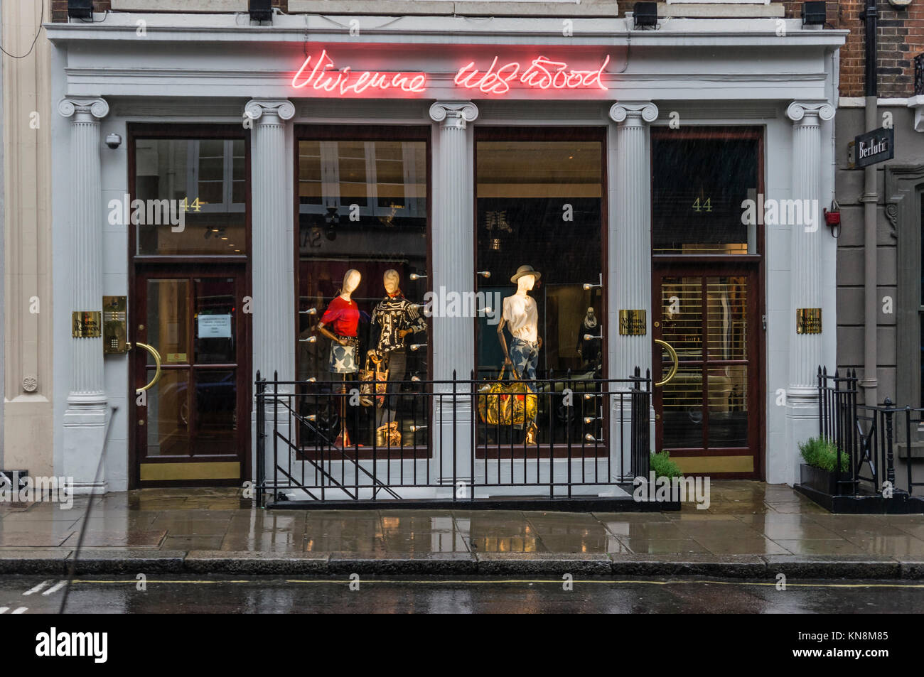 Vivien Westwood, Schaufenster, London, UK Stockbild