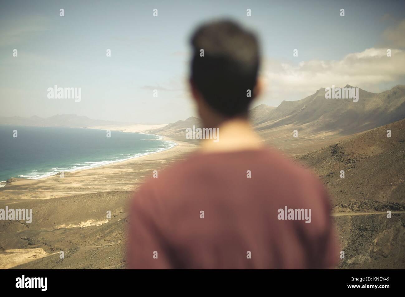 Mann in Cofete, Fuerteventura, Kanarische Inseln, Spanien. Stockbild