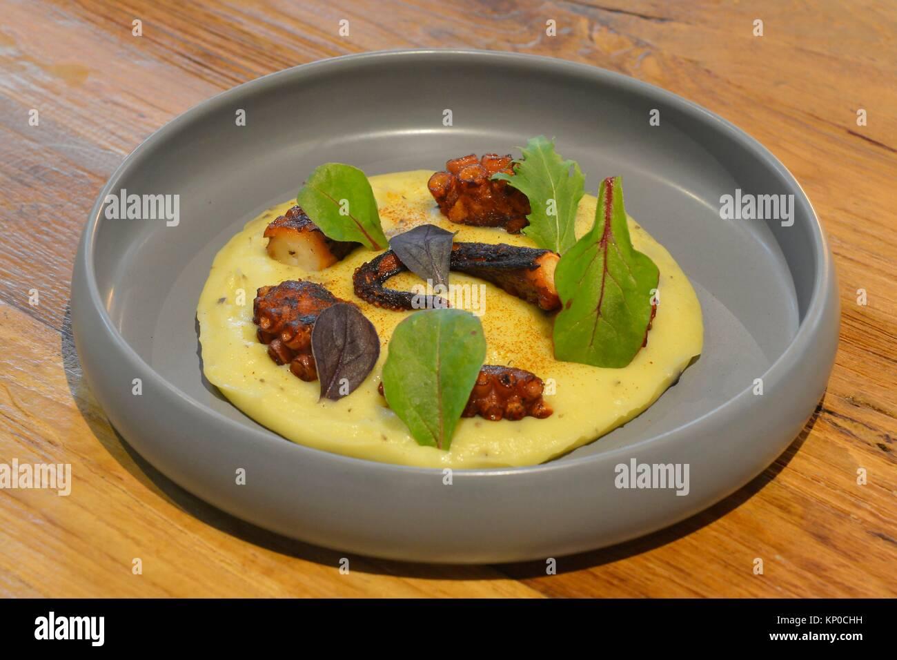Fine Dining in Bangkok, Thailand. Stockbild