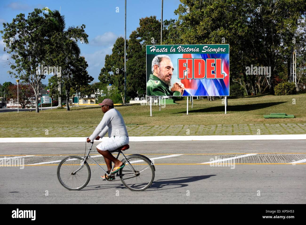 Politische Propaganda Plakat für Fidel Castro, Santa Clara, Kuba. Stockbild