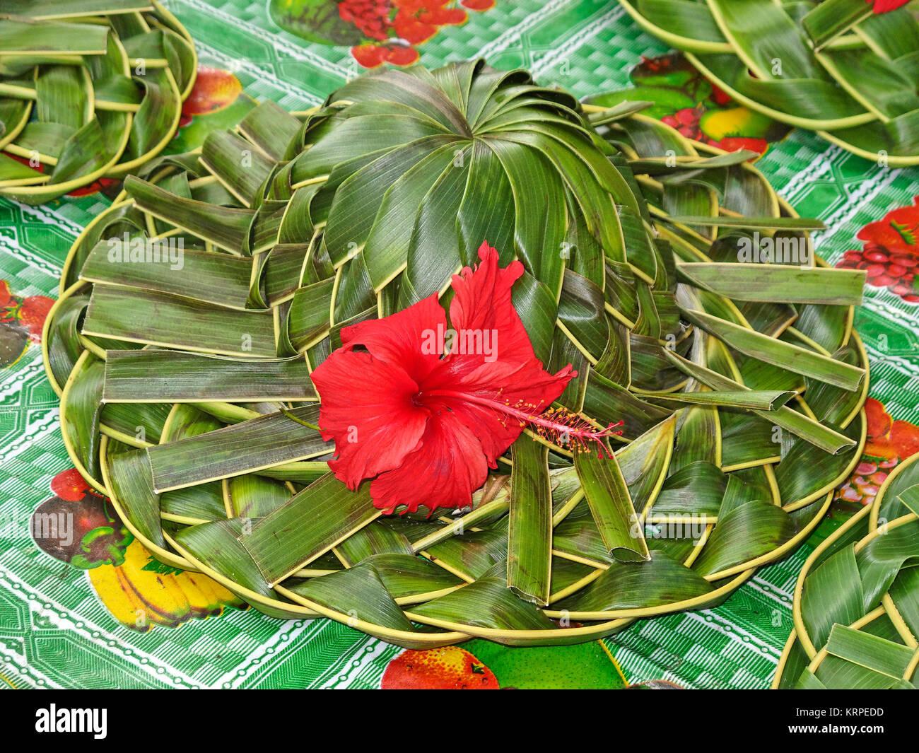 Palm hat, Hibiskus Blume, Souvenir, La Digue, Indischer Ozean, Seychellen Stockbild