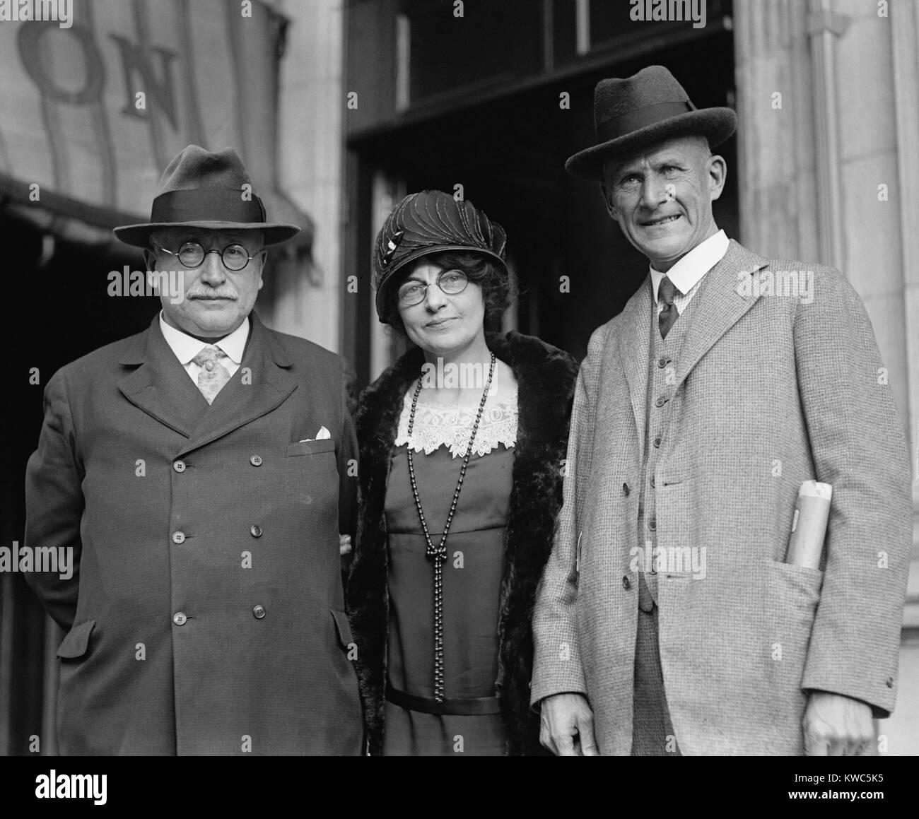 Amerikanischen sozialistischen Politiker: Rep. Victor Berger von Wisconsin; Bertha Hale Weiß; und Eugene Debs. Stockbild