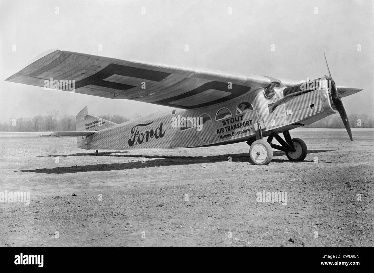 """Ford Werbung Tri-Motor war eines der ersten Flugzeuge durch US-Fluglinien, 1925 verwendet. Es war die """"Tin Stockbild"""