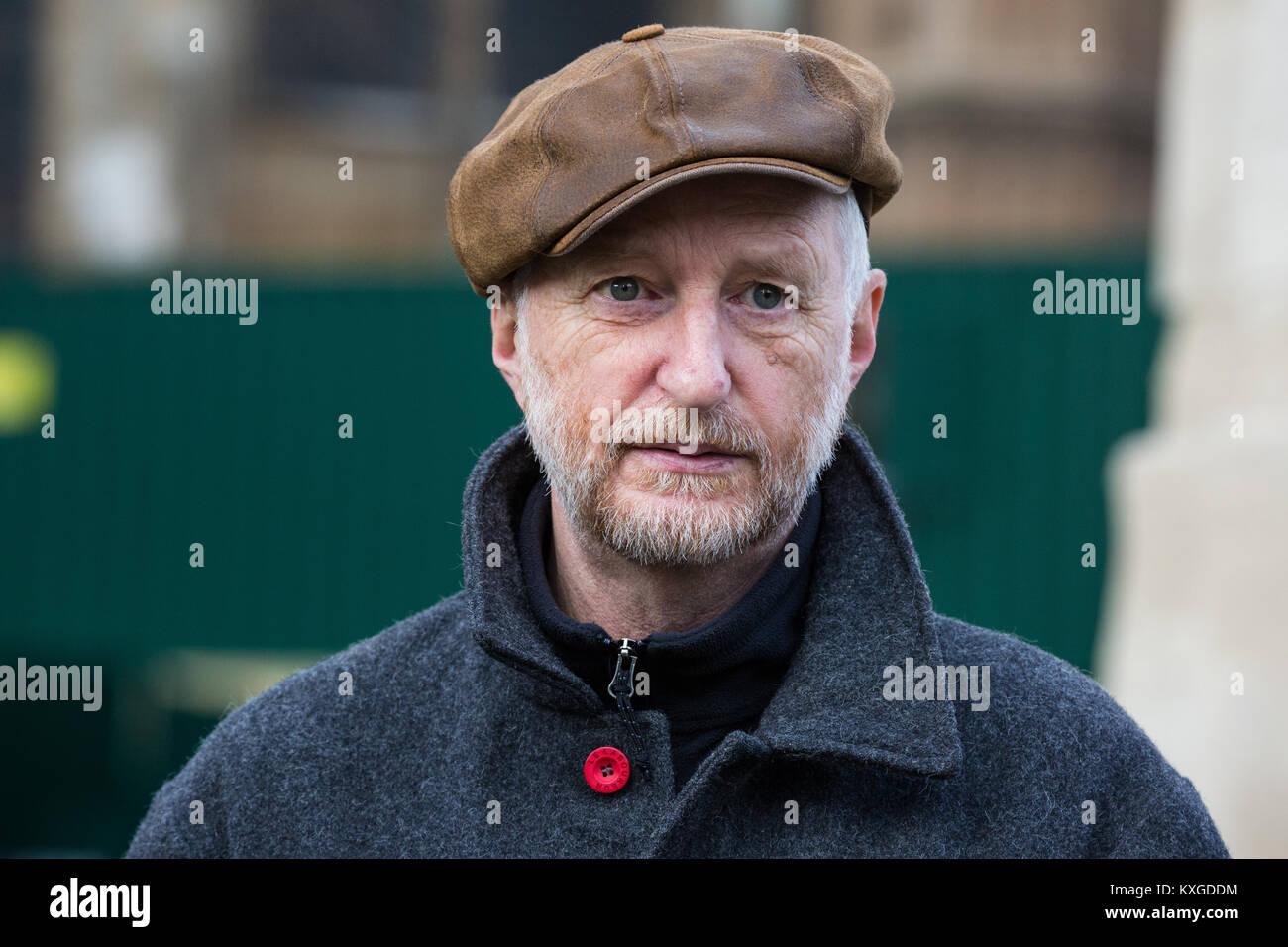 London, Großbritannien. 10 Jan, 2018. Singer Songwriter Billy Bragg verleiht seine Unterstützung für Stockbild