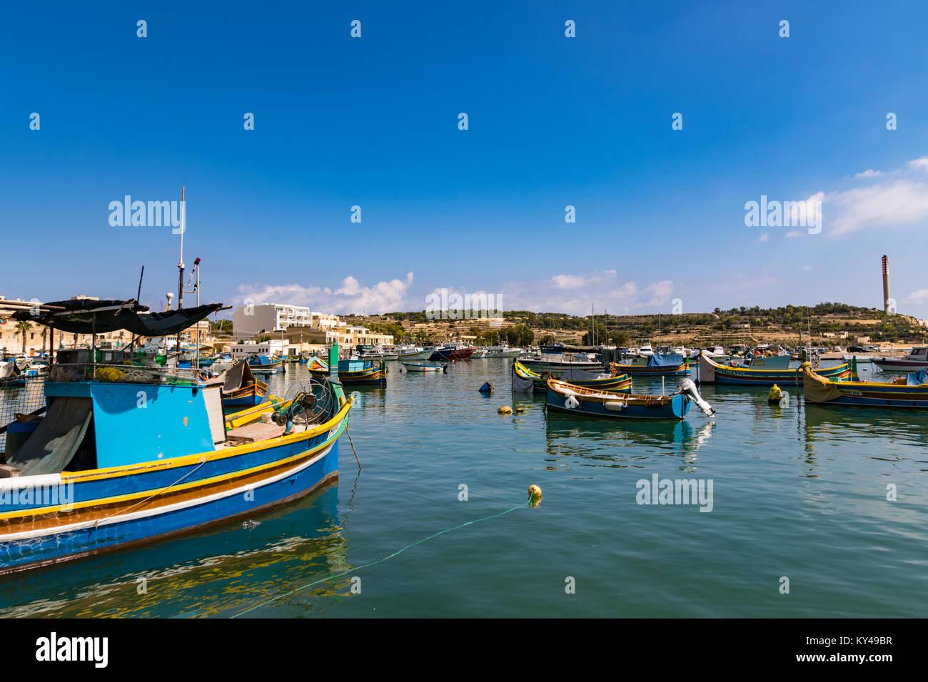 Das traditionelle Fischerdorf Marsaxlokk in der südöstlichen Region von Malta. Stockbild