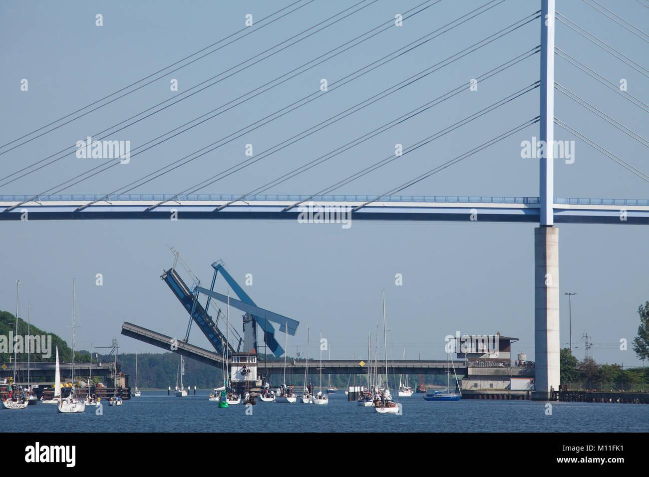 Rügenbrücke Stralsund, Mecklenburg-Vorpommern, Deutschland, Europa ich Rügenbrücke über Stockbild