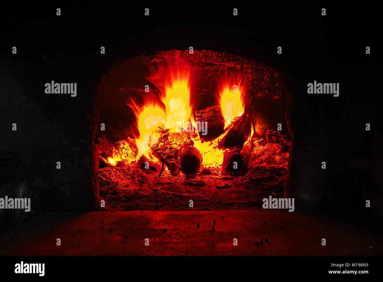 stove fireplace brick heat stockfotos stove fireplace brick heat bilder alamy. Black Bedroom Furniture Sets. Home Design Ideas