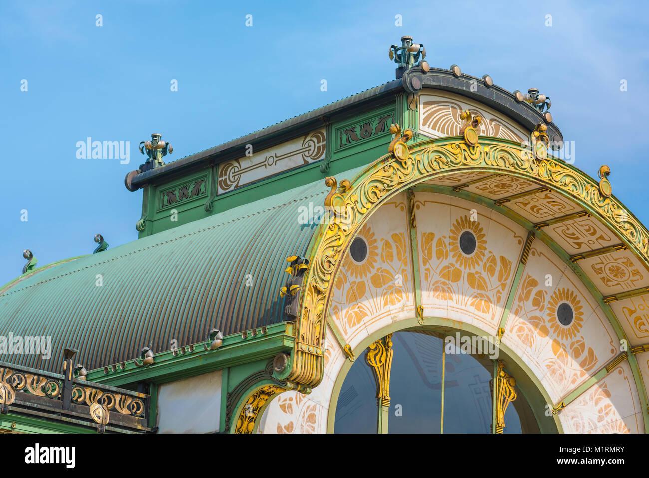 Secession Wien, Detail der Karlsplatz u-bahn Station - eines der besten Beispiele in der Architektur des Jugendstils Stockbild