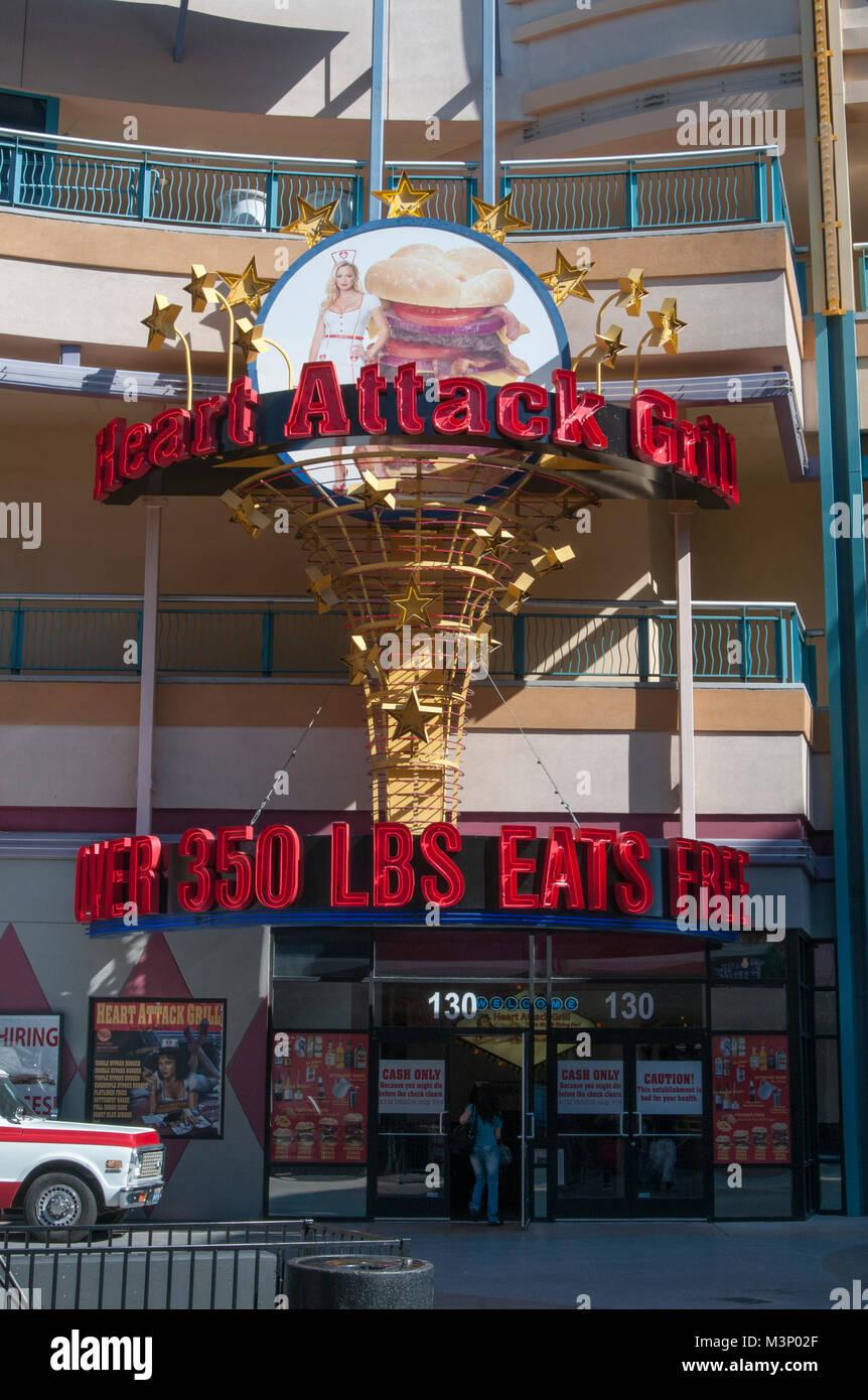 Las Vegas, Nevada. Heart Attack Grill. Die Hamburger Restaurant mit einem Menü, das ungesunde Lebensmittel Stockbild
