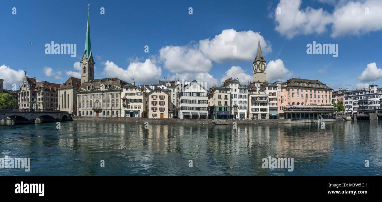 Münsterbrücke, Limmat, Fraumünster, St. Peterskirche, Panorama, Zürich, Schweiz   Munster Brücke, Stockbild