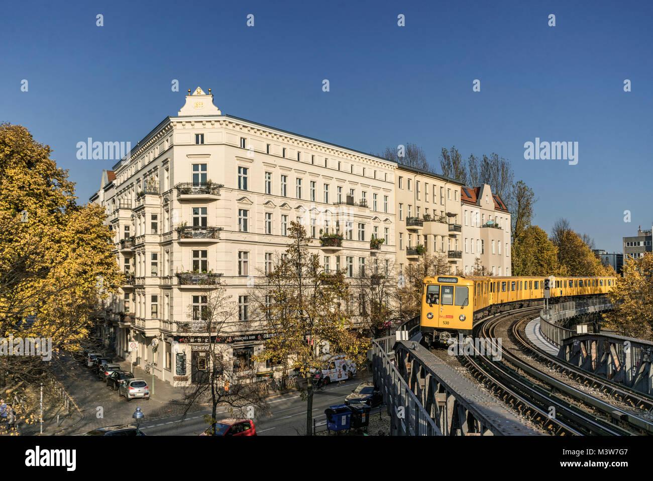 Schlesisches Tor, U1, U-Bahn, Kreuzberg, Berlin Stockbild