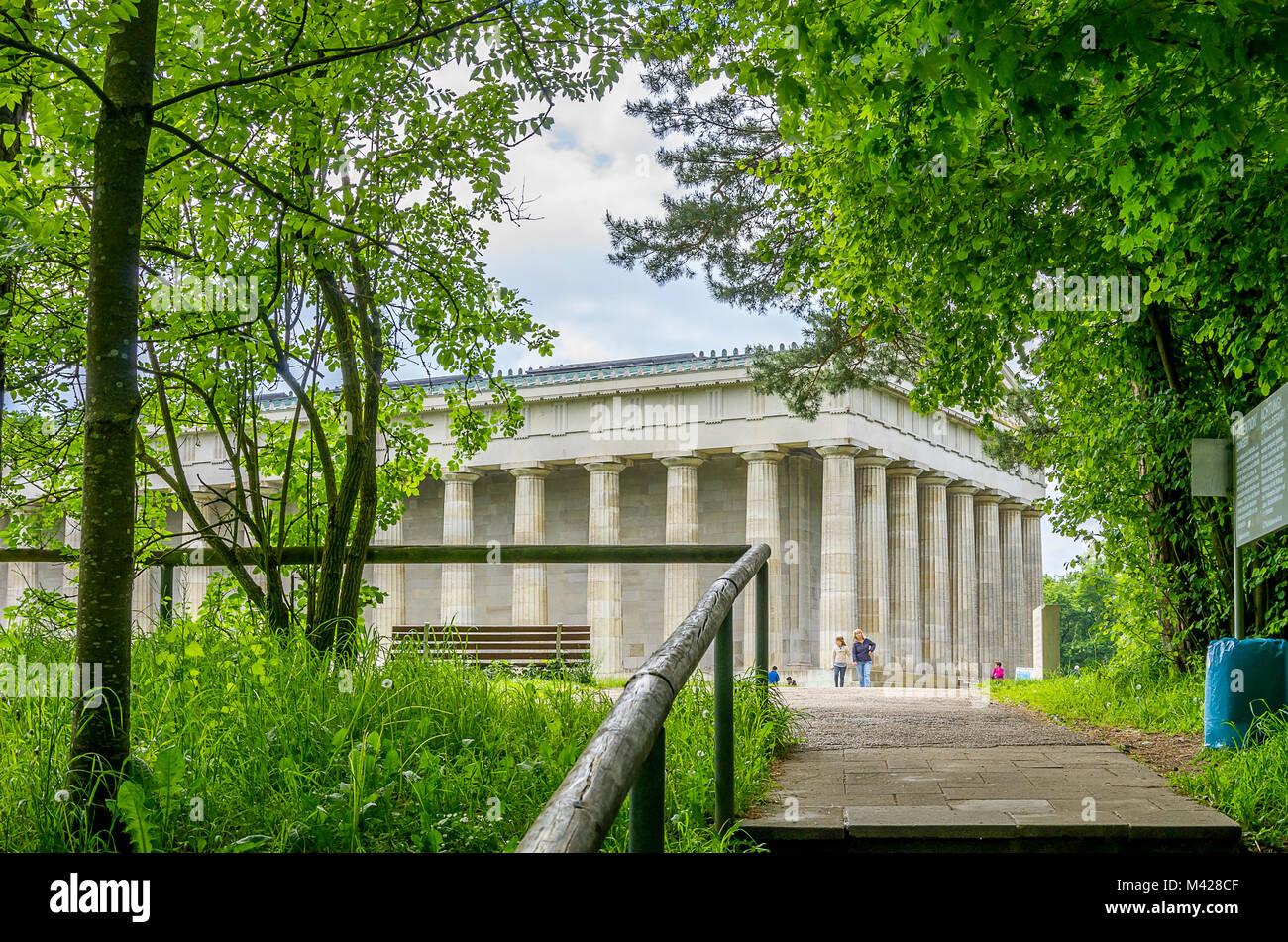 Ruhmeshalle Walhalla in Donaustauf an der Donau in der Nähe von Regensburg, Bayern, Deutschland, Blick von Stockbild