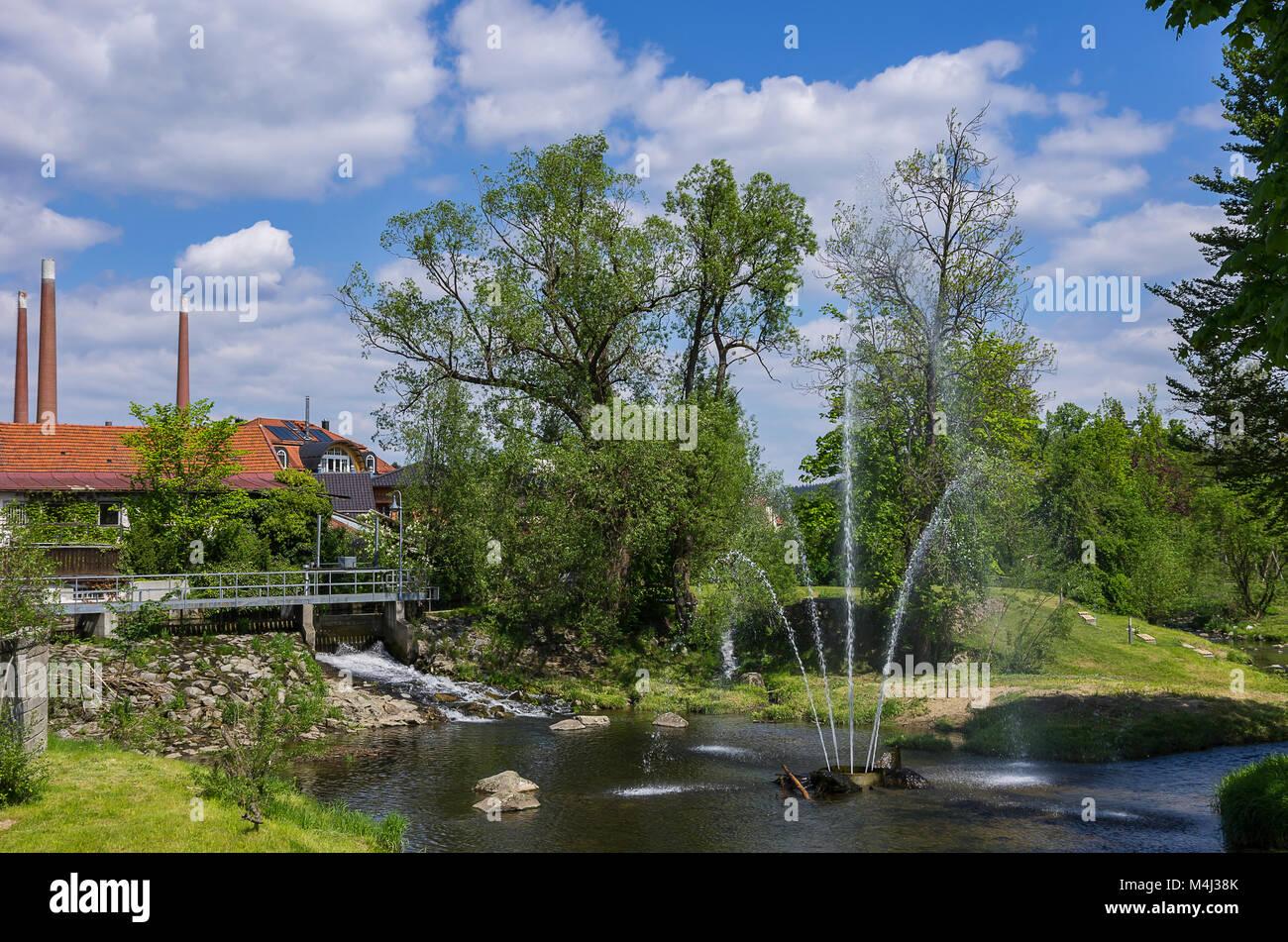 Blick auf den öffentlichen Park von Zwiesel, Bayerischer Wald, Bayern, Deutschland. Stockbild