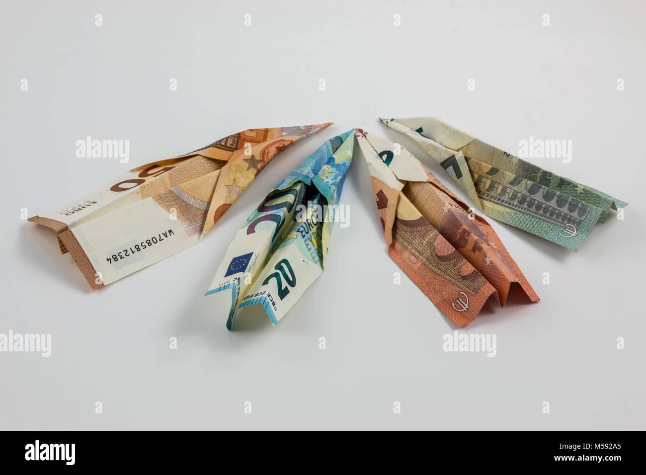 Euro-banknoten und weißem Hintergrund Stockbild