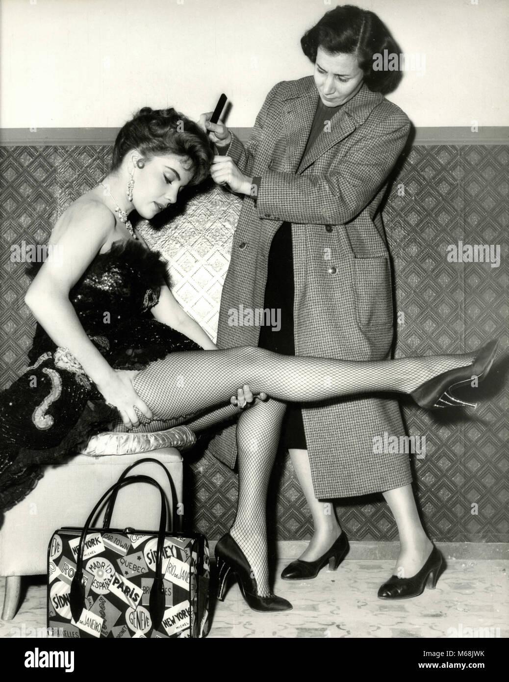 Die amerikanische Schauspielerin Abbe Lane, 1955 Stockbild