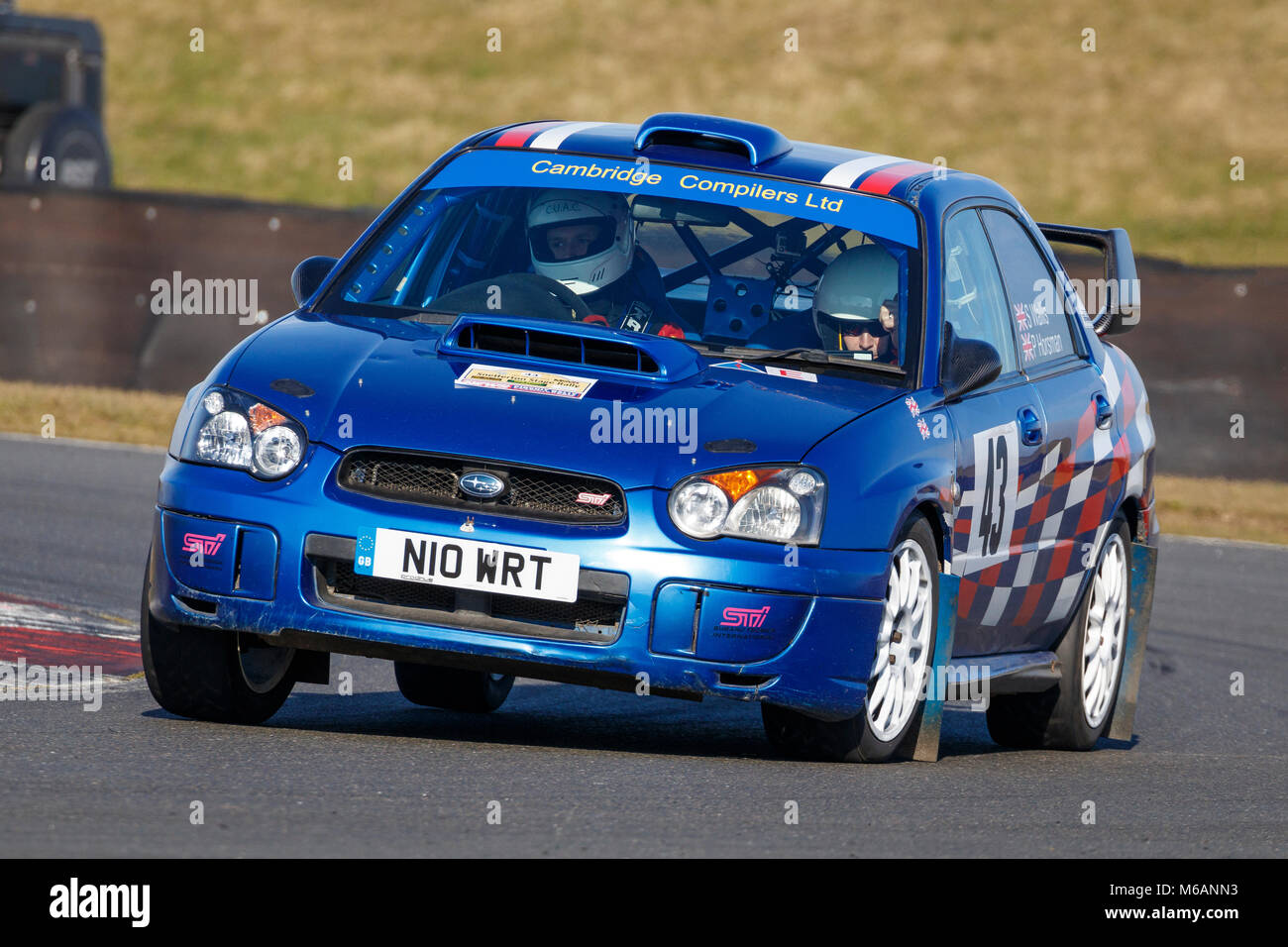 Simon Wallis und Peter Horsman in den Subaru Impreza während der Motorsport News Snetterton Bühne Rallye Stockbild