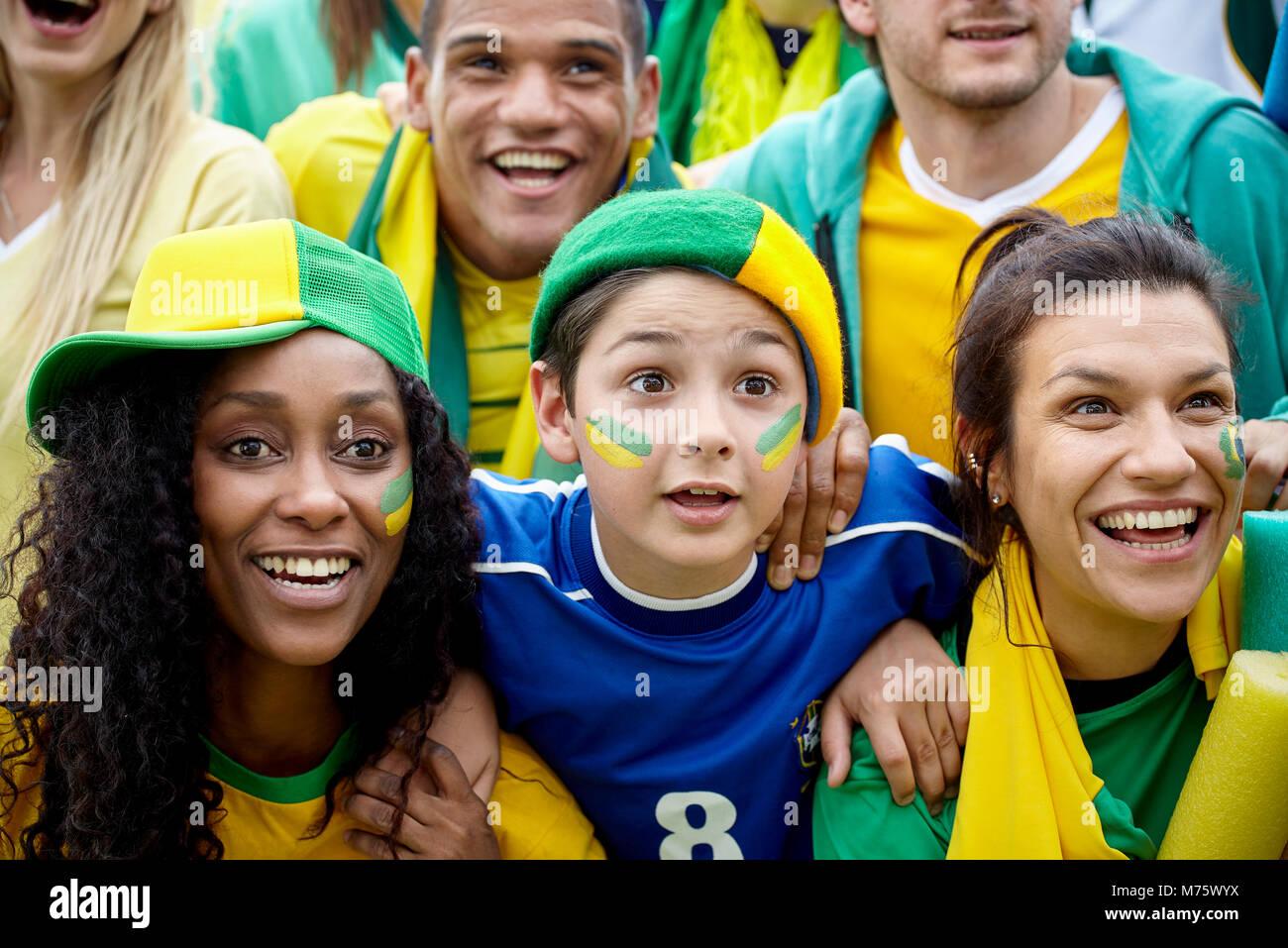 Brasilianischen Fußball-Fans, Fußball Match Stockbild