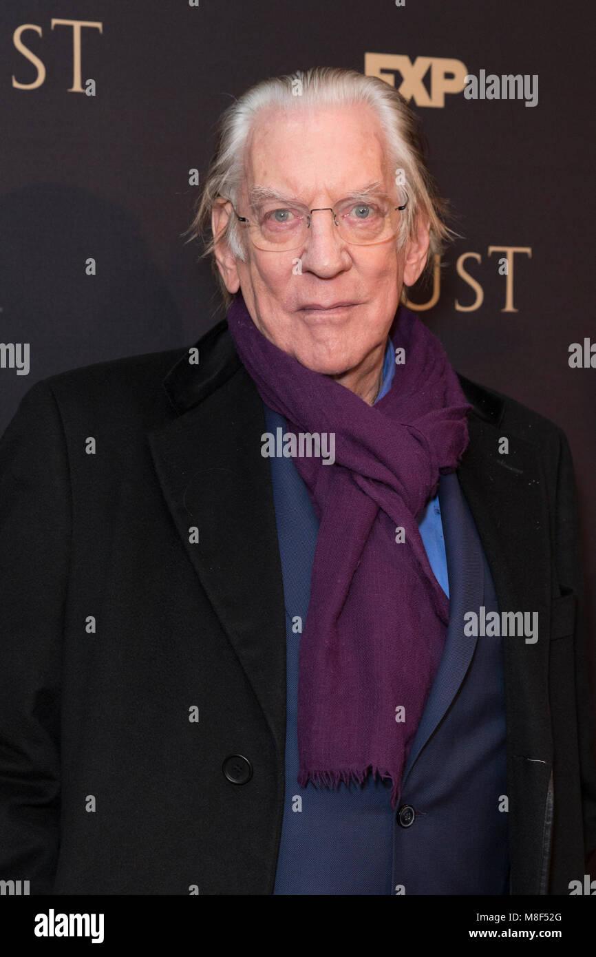 New York, NY - 15. März 2018: Donald Sutherland besucht FX jährliche All-Star-Party an der SVA Theater Stockbild