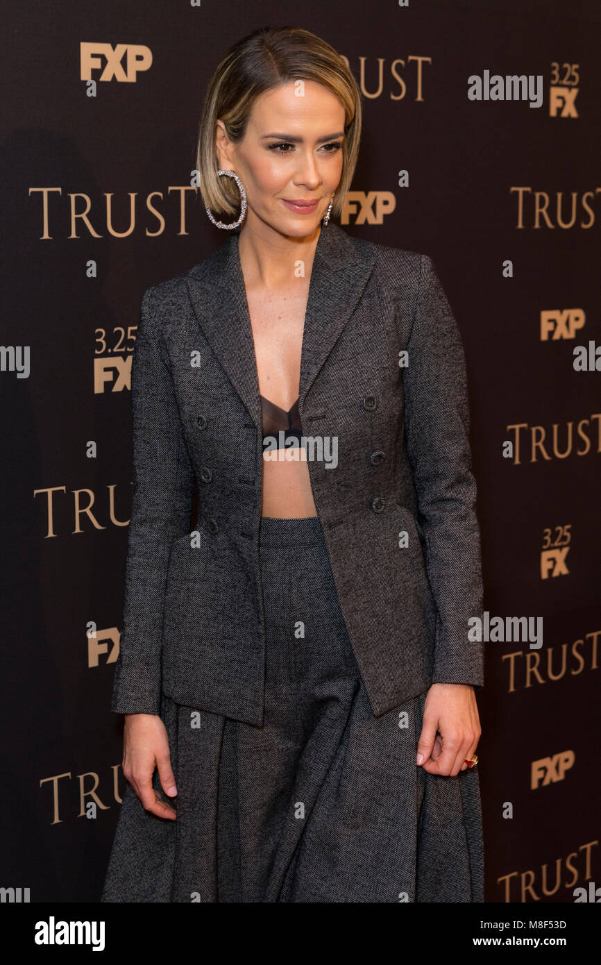 New York, NY - 15. März 2018: Sarah Paulson besucht FX jährliche All-Star-Party an der SVA Theater Stockbild