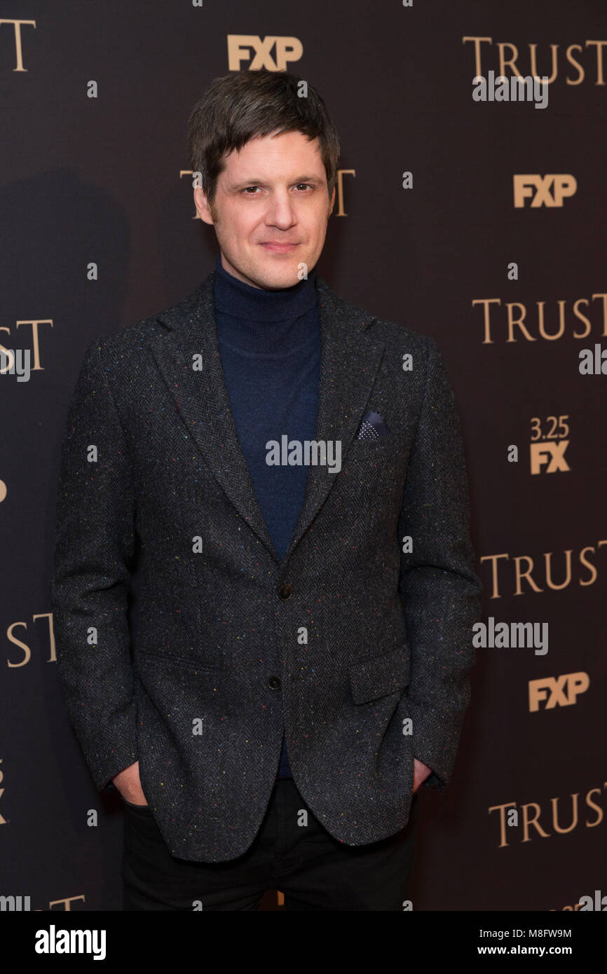 New York, NY - 15. März 2018: Michael Esper besucht FX jährliche All-Star-Party an der SVA Theater Stockbild