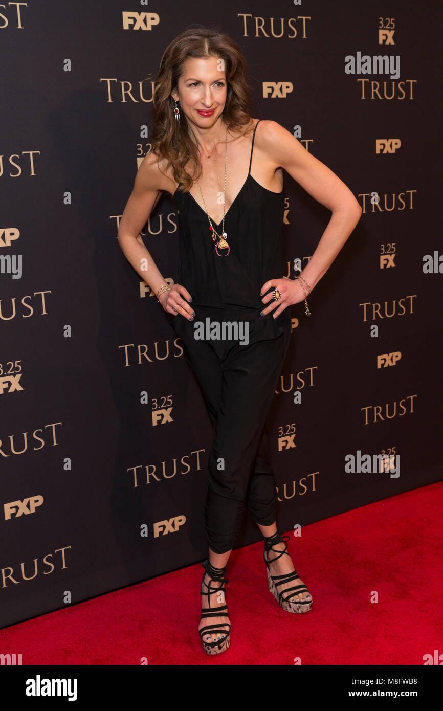 New York, NY - 15. März 2018: Alysia Reiner besucht FX jährliche All-Star-Party an der SVA Theater Stockbild