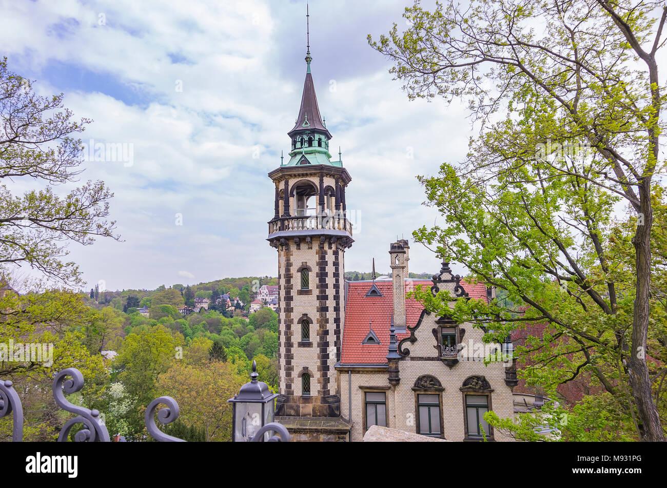 Dresden, Sachsen, Deutschland - Blick auf Villa San Remo in der Villa Quartal Loschwitz. Stockbild