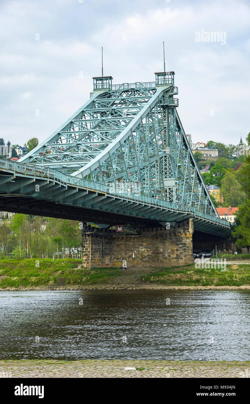 Blaues Wunder Brücke, Dresden, Sachsen, Deutschland. Stockbild