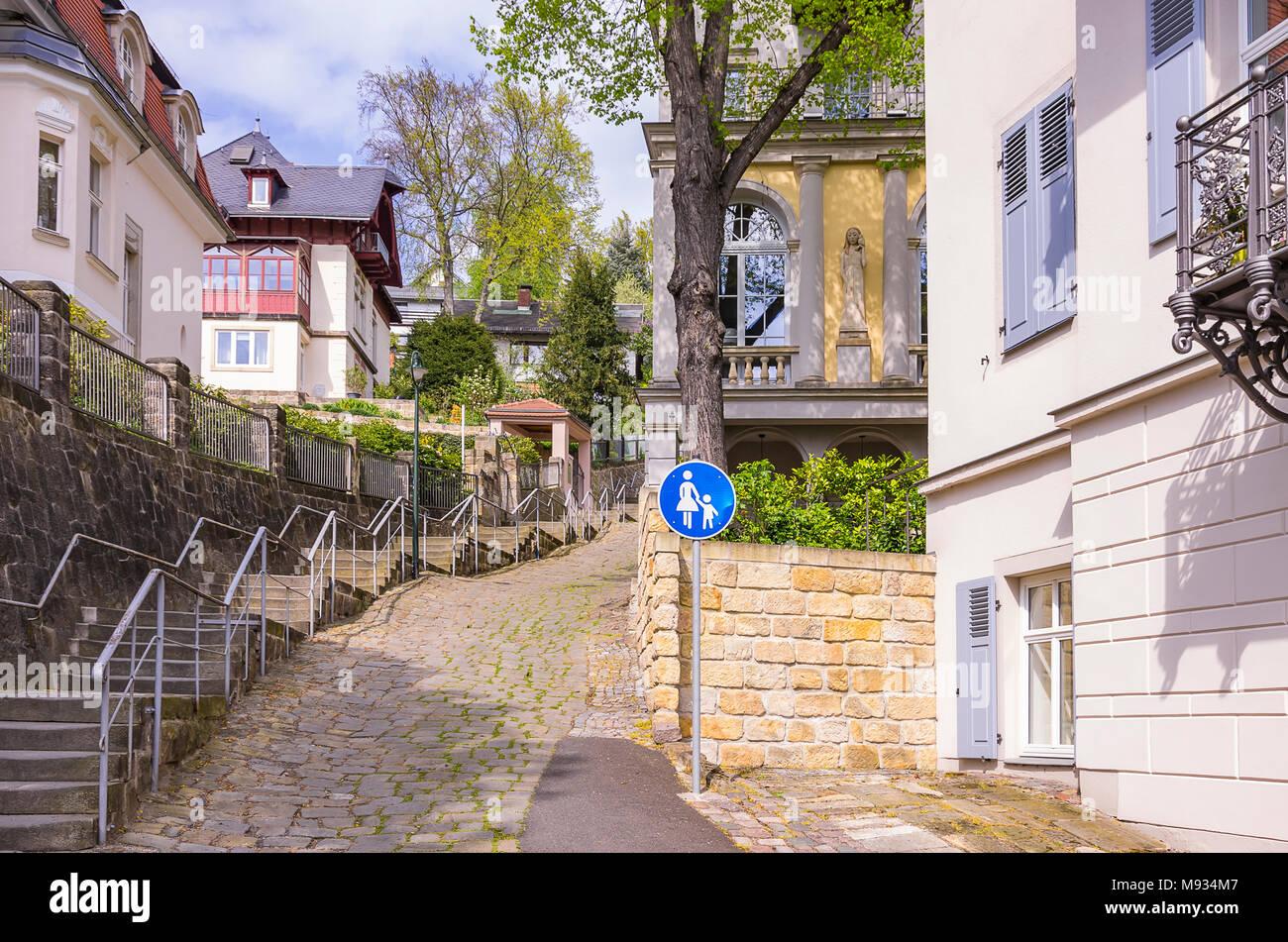 Dresden, Sachsen, Deutschland - Street View im Wohngebiet mansion Bereich Loschwitz. Stockbild