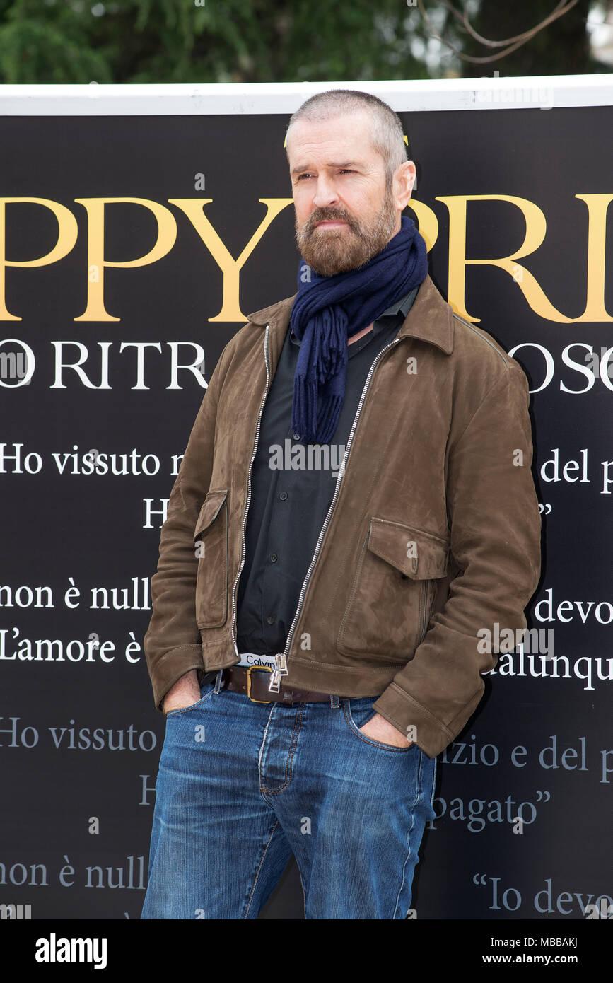 Rom, Italien. 10. April 2018. Rupert Everett an der fotoauftrag Der glückliche Prinz im Casa del Cinema in Rom Credit: Silvia Gerbino/Alamy leben Nachrichten Stockbild